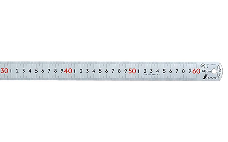ピックアップスケールシルバー60㎝㎝表示上下1㎜ピッチ赤数字入JIS