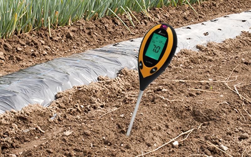 デジタル土壌酸度計  A  地温・水分・照度測定機能付