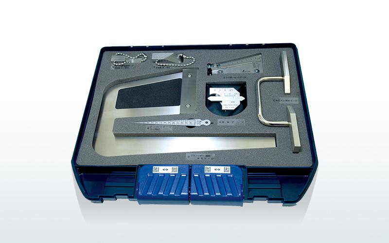 鉄骨精度測定器具セット